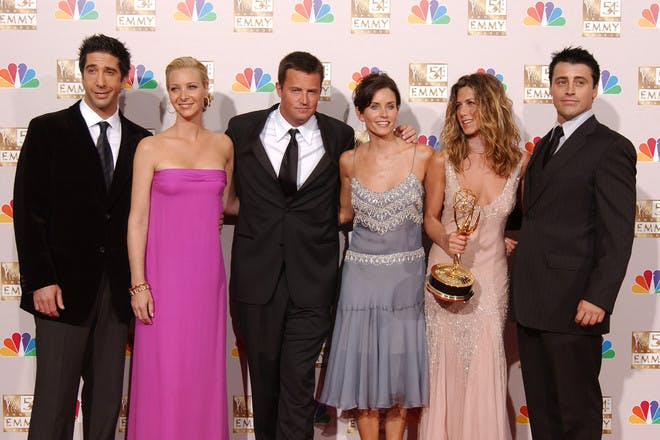 Friends cast David Schwimmer, Lisa Kudrow, Matthew Perry, Courtney Cox, Jennifer Anniston, Matt Le Blanc