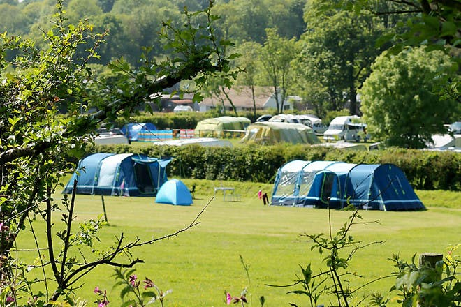 Dolbryn Caravan and Campsite