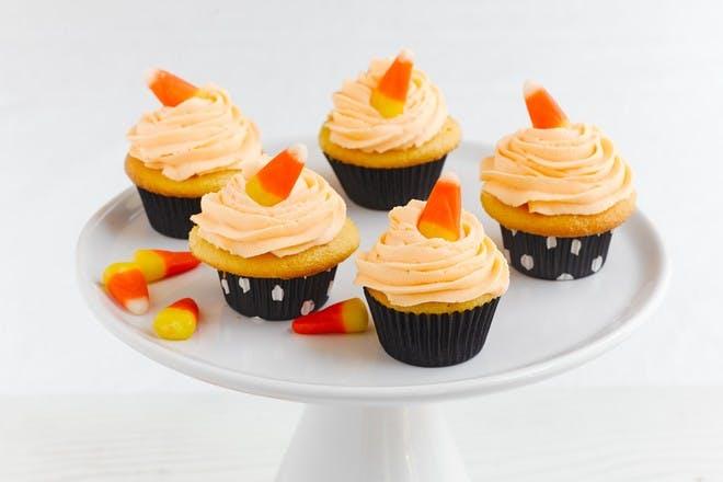 Mini peach Halloween cupcakes