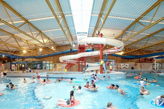 25 Family Friendly Swimming Pools In The Uk Netmums