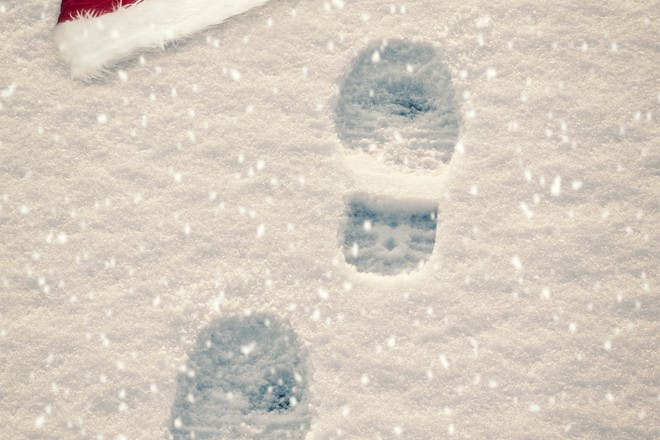 santa footprint in the snow