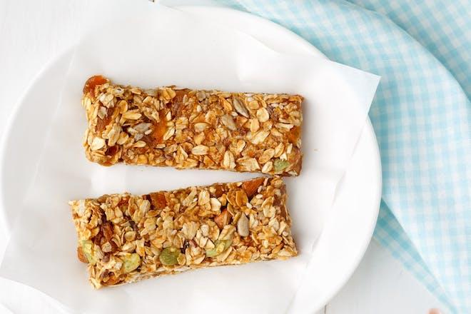 Lower-sugar breakfast bars