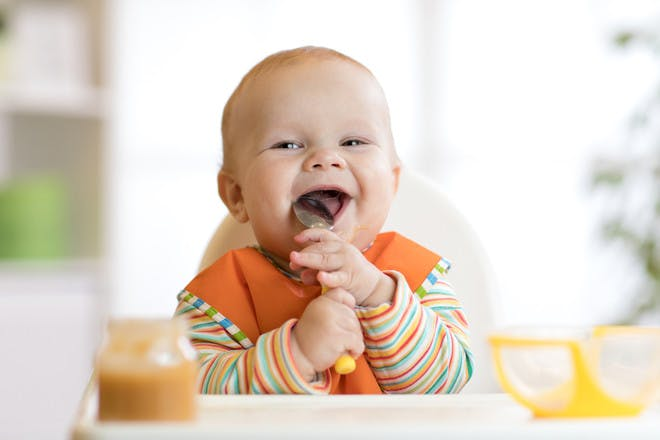 6 signs your baby is ready to start weaning
