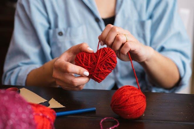 Yarn hearts (step 2)
