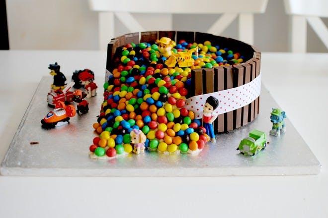 Easy Paw Patrol birthday cake recipe.