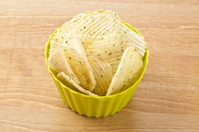 24. Sour cream and onion crisps with vanilla ice cream