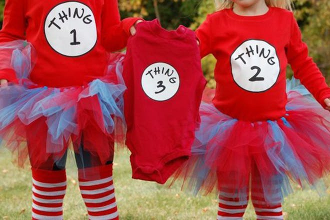 Thing 1 thing 2 pregnancy announcement