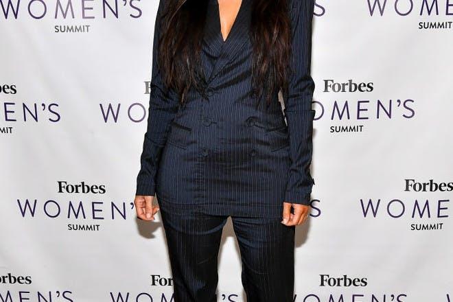 5ft 3in – Kim Kardashian