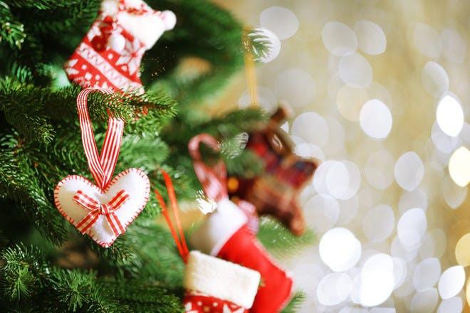 Homemade Christmas tree decoration ideas