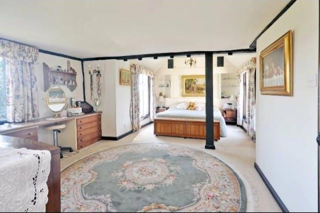 Stacey Solomon master bedroom