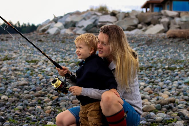 mother and child fishing