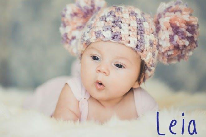 little girl in woolly hat