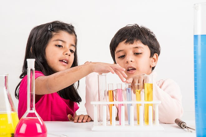 50 science experiments for your kids to try