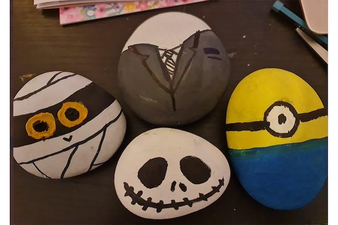 Halloween rocks minion