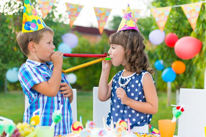 How to throw a kids' birthday party on a budget