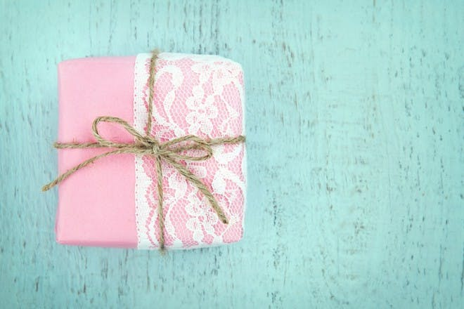 pink and lace wrapping