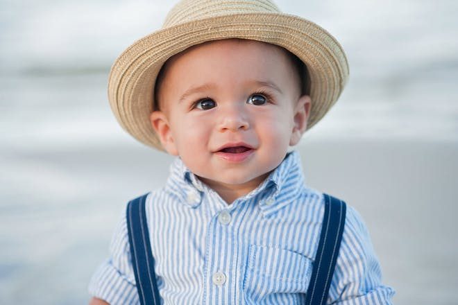 baby in straw hat