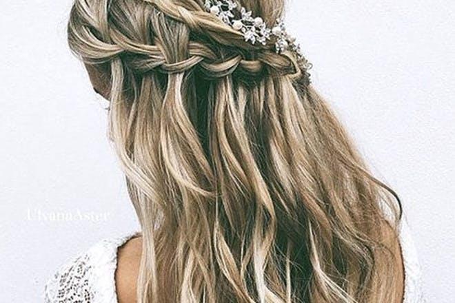 9. Long wavy half-braid