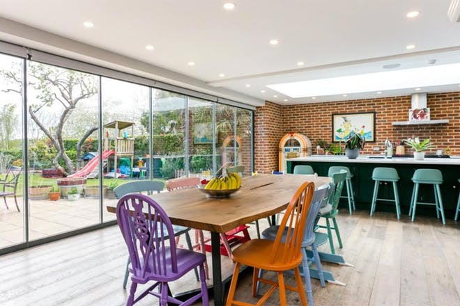 Glynswood Place, Northwood, Middlesex, kitchen/family room