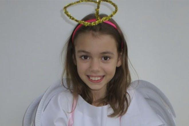 girl wearing halo
