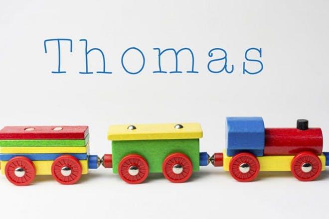 五颜六色的玩具火车
