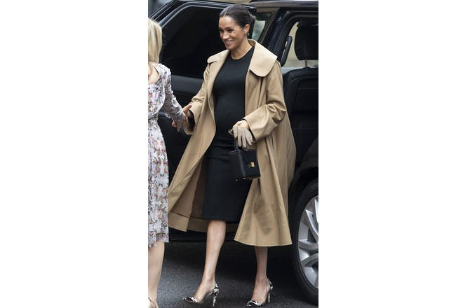 Meghan Markle pregnant in camel coat