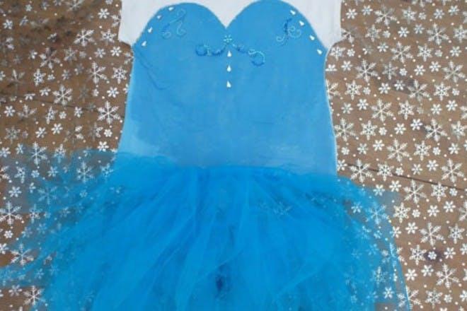 How to make a no sew Elsa costume