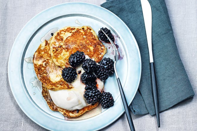 18. Weight Watchers 2 ingredient pancakes