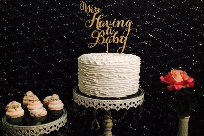 Cake pregnancy announcement
