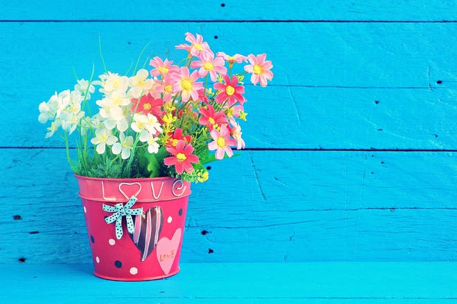 9. Decorated flower pots