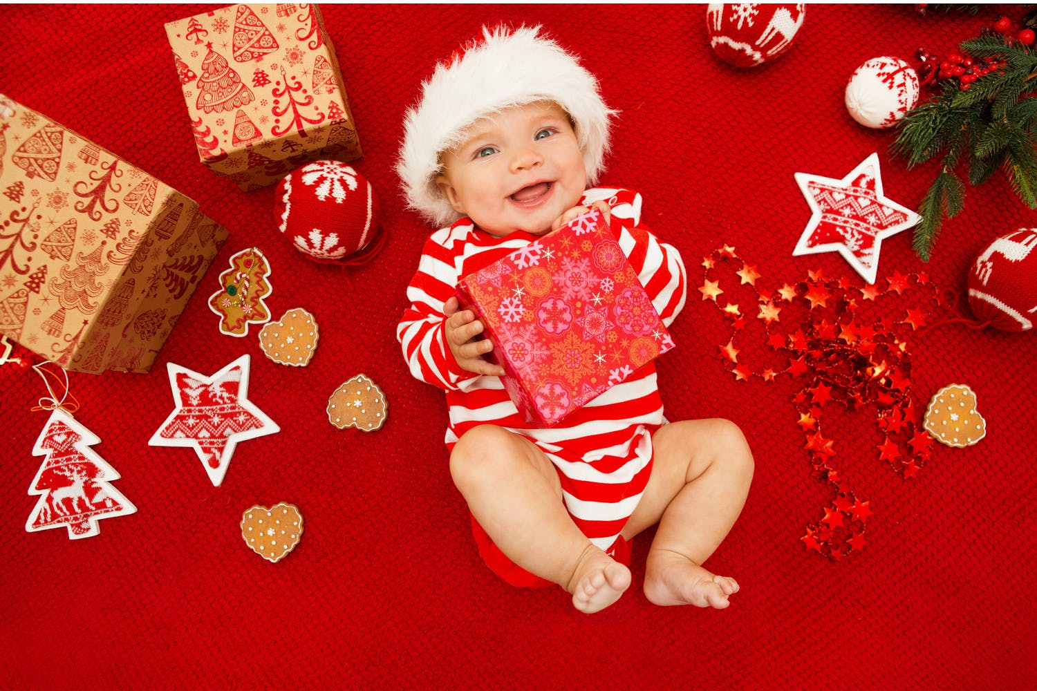 Baby S First Christmas Ideas To Make It Extra Special Netmums