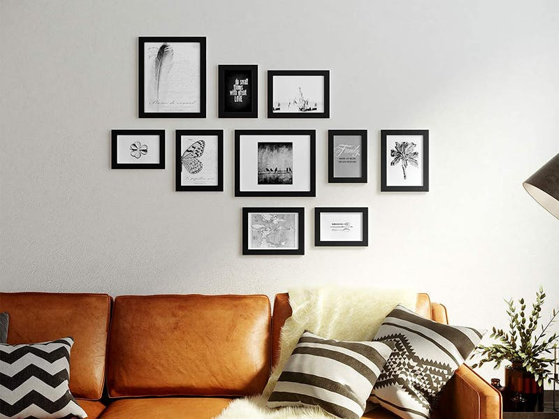 Mounted photo frame set