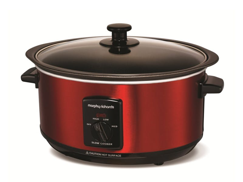 3.  Morphy Richards Sear and Stew Slow Cooker