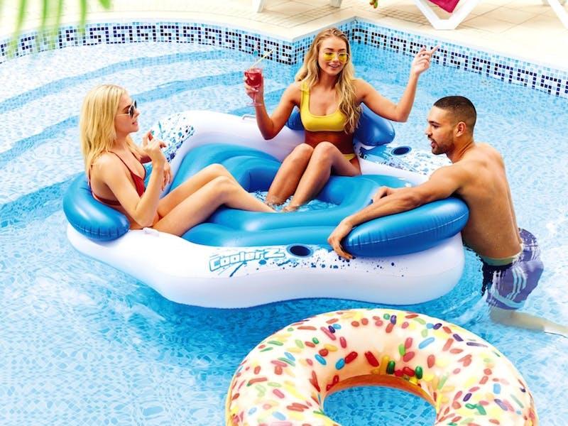 4. Inflatable pool island