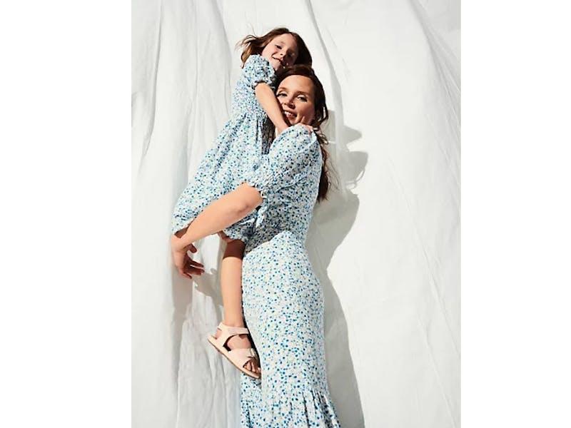 Ditsy Floral Shirred Midi Dress
