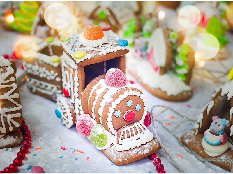 Create A Treat Gingerbread Train