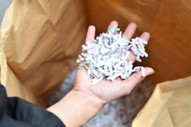 Broyer et recycler des papiers confidentiels