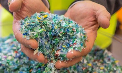 Recyclage bouteilles plastiques