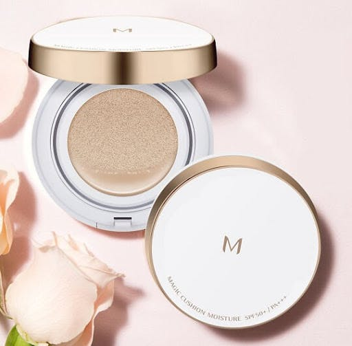 The Missha M Cushion has a high coverage of up to 6 hours