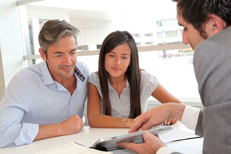 Par ansöker om att ta lån