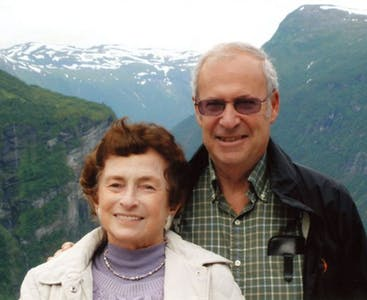 Robert and Susan Shoenberg share a photo of them on vacation in the mountains.