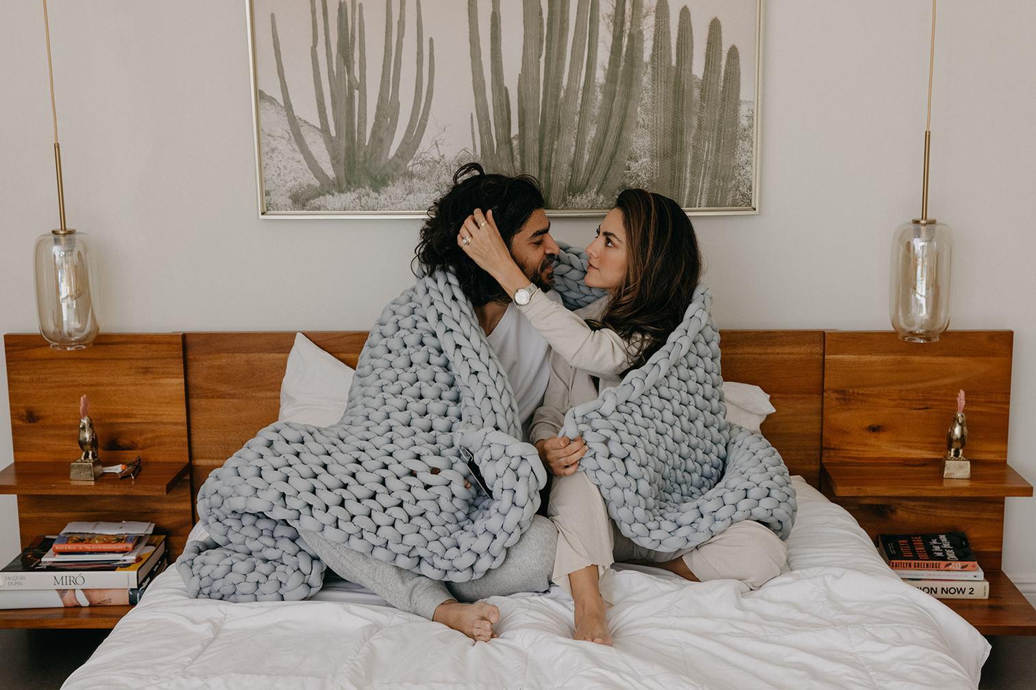 Nuzzie Knit Weighted Blanket