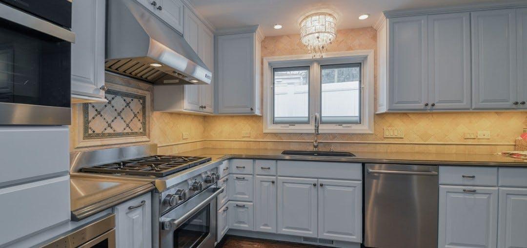 Clean-Cabinet-Construction