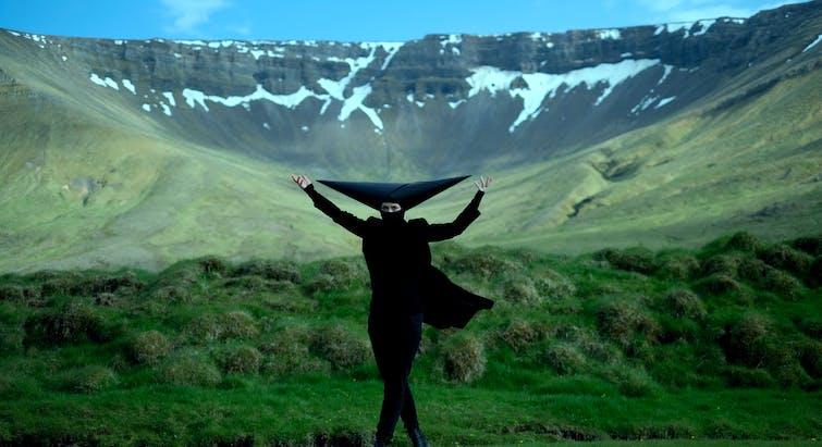 The film Munnhola, obol ombra houp-là (a series of performances ) by artist Ásta Fanney Sigurðardóttir will be premiered on the opening day of the festival in Bíó Paradís. Photo: A still from the film.