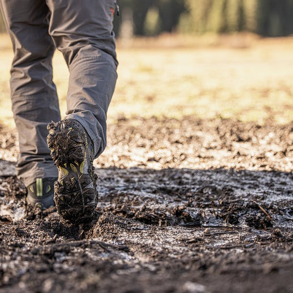 Hiking through the muck in the Sawtooth II Mid B Dry boots
