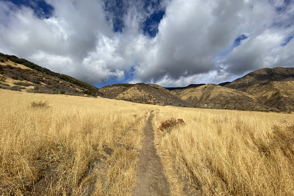 Beautiful sky and mountains in the background on the Sespe River Trail