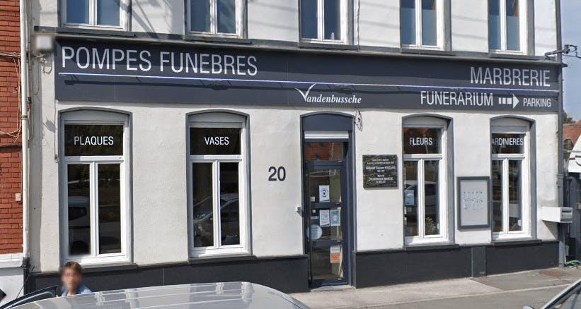 Photographie Pompes funèbres et Marbrerie Vandenbussche ( Route de Bergues) de Coudekerque-Branche
