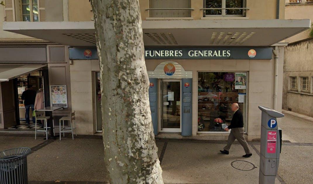 Photographies des Pompes Funèbres Genérales à Cahors