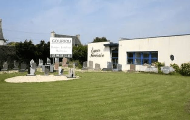 Photographie de la  Pompes Funèbres et Marbrerie Gouriou à Saint-Pol-de-Léon