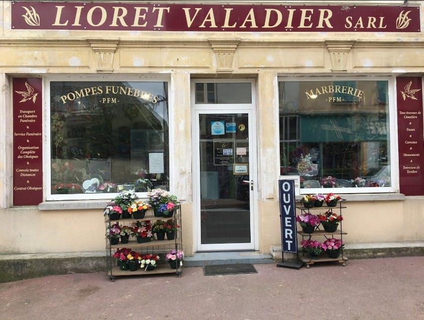 Photographies des Pompes Funèbres Marbrerie Lioret-Valadier à Villeneuve-la-Guyard